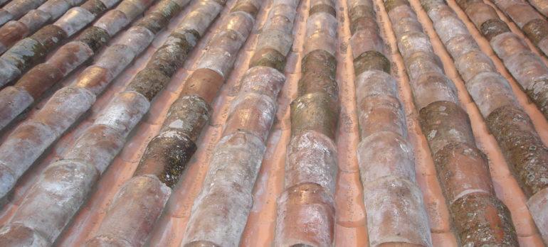 Reparación de cubierta de tejas àrabes