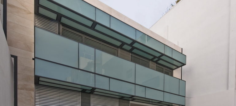 Bloc de pisos al Prat de Llobregat
