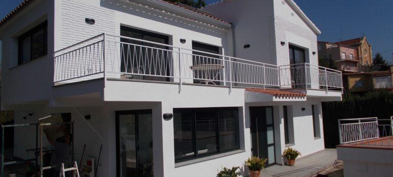 Ampliació i reforma integral d'una vivenda unifamiliar aïllada a Vilassar